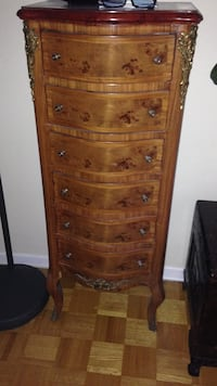 Brown wooden 6 drawer jewelry chest