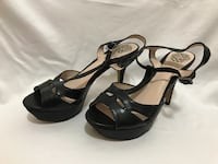 Vince Camuto leather strappy heels. Size 7. FALLSCHURCH