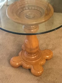 "28x26"" heavy wood glass top dinette table new click on my profile picture on this page to check out my other items pm me if you interested gaithersburg md 20877 Gaithersburg, 20877"