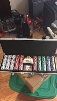 Poker chips set with case Silver Spring, 20906
