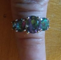 Chameleon gems. Sterling silver band. Size 7 Glen Burnie