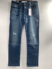 J0011Guess Slim Straight Medium Aged Wash w/Destroyed Mens Jeans 34x32 Vancouver, V6H 4H8