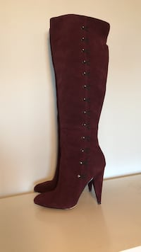 Betsy Johnson size 8 burgundy suede over-the-knee boots