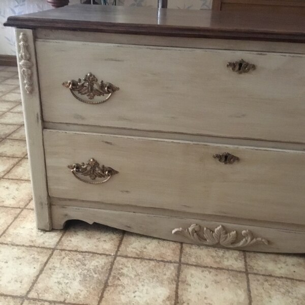 Antique 2 drawer chest makeover. Drawers work perfectly. Great condition   140335f6-aa39-425d-b548-7e57bf5a8db0