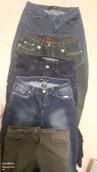 Top David Kahn size 29 11,American  eagle  size 1t St. Catharines, L2M 4G1