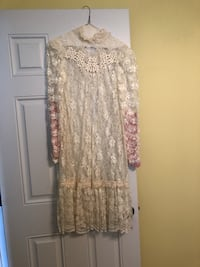 Cream color lace dress with slip Mount Sinai, 11766