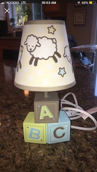 Crib Bumper comforter and Baby lamp Fort Erie, L0S