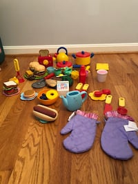 toddler's assorted plush toys Brookeville, 20833