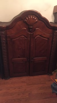 Brown wooden cabinet with drawer Cambridge, 21613