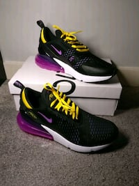 Nike Air Max 270 Hyper Grape/Magenta size 11 Calgary, T3B 5A3