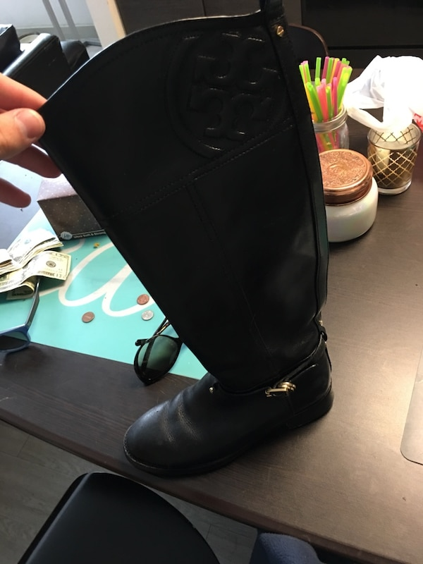 ac34e3860df4 Used Tory burch boots for sale in San Antonio - letgo