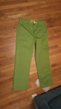 green button-up pants San Diego, 92126