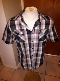 Distillery apparel dress shirt size L Edmonton, T5G 2N2