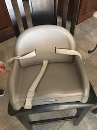 Booster seat chair straps to dining chair  Bakersfield