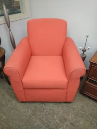 Red Lounge Chair $15ea 20 available null