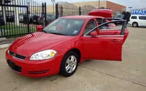 ** SUPER CLEAN AND WELL MAINTAINED !! ** 1-OWNER 2007 CHEVY IMPALA LS**