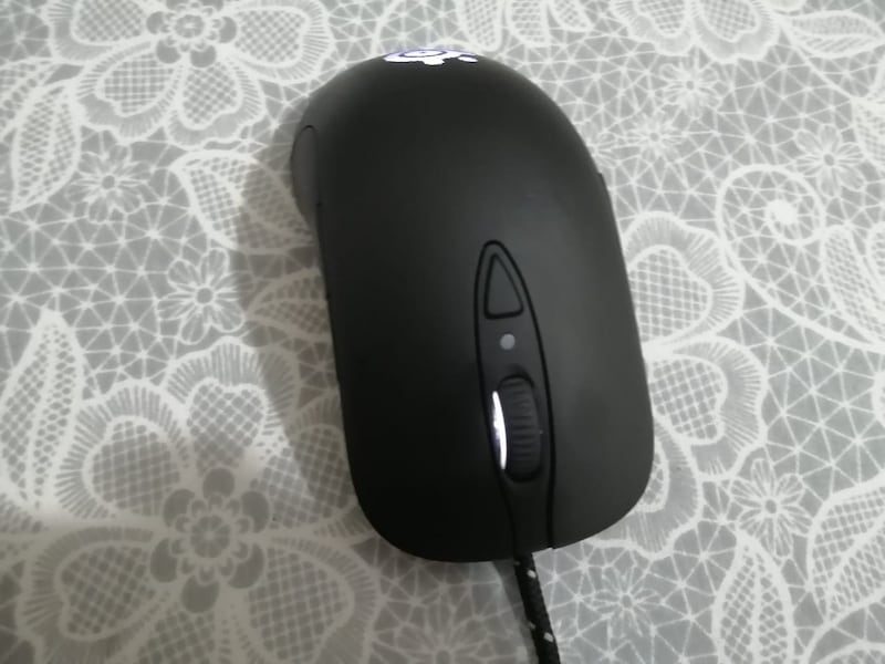 Steelseries oyuncu mouse 96fa94b5-b7fc-4a78-9c1a-899bc0896679
