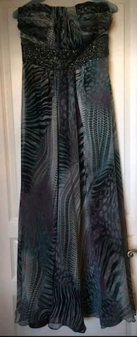 Long Strapless Formal Gown Vaughan, L4L 1A6