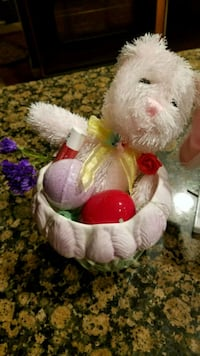 Ceramic Easter vase with decoration & gifts