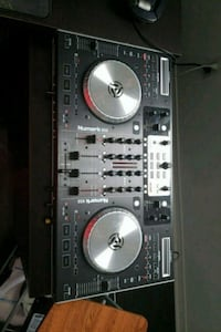 DJ turntable Brampton, L7A 2P6