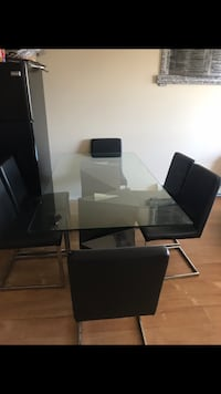 rectangular glass-top table with chairs Edmonton, T6V 0H7