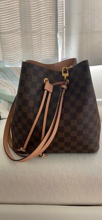 Louis Vuitton Purse Rockville, 20850