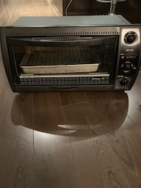 Toaster oven pick up Coquitlam, V3B 0J5