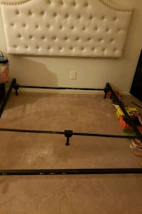 Queen bed frame New Orleans, 70131