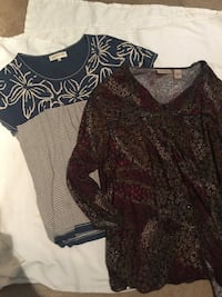 4 women's tops- all size XL (price is for all 4) Des Plaines, 60016