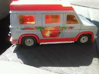 MAJORETTE 1/36 SCALE CRUISIN VAN  Pickering, L1V 3V7