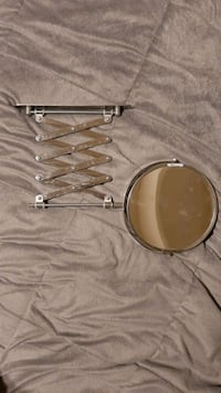 Magnifying Mirror (Extendable)