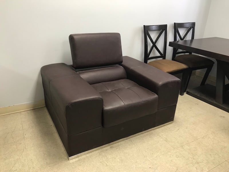 Brown Real Leather Sofa Chair 105c08fa-bb87-43c5-9ad0-0a896c101c14
