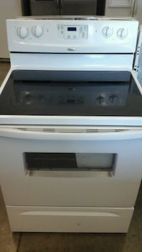 White Whirlpool electric stove Greeley, 80631