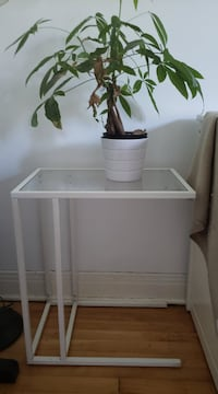 Ikea end table MONTREAL