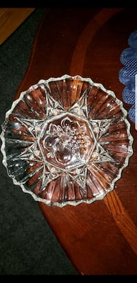 Vintage Decorative Glass Candy Dish  Latham, 12110