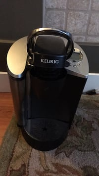 Keurig coffee maker  Surrey, V3S 4N9