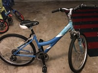 His and Hers comfort bikes hardly Riden 647 mi