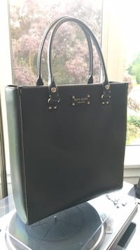 Kate Spade large bag.  New Westminster, V3L 3G3