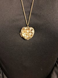 Gold color studded heart on chain Knik, 99654