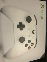 Xbox wireless controller  Mississauga, L5M 0T8