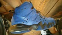 blue and black Nike basketball shoes Laurinburg, 28352