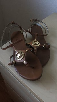 women's pair of brown Michael Kors ankle strap sandals Medley, 33178