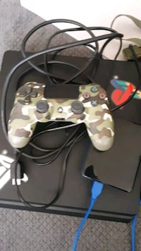 Ps4 controller and 4TB extended storage Lantana, 33462