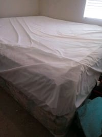 King mattress (covered) Bakersfield, 93313