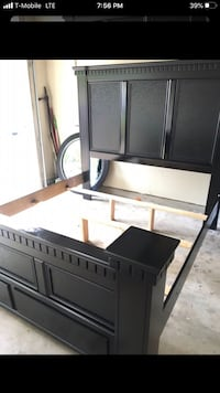 King size bed frame in very good shape. $190 / i do delivery too