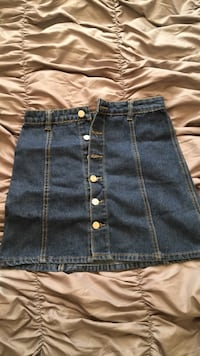 blue-washed denim skirt Ashburn, 20147