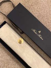 Authentic Brand New Brooks Brothers Tie Blue Gold Logo with Gift Box 海厄兹维尔, 20782