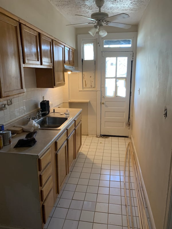Ivy city row house (3 bed/2bath) 5