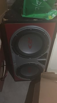 Red and black subwoofer speaker Woodstock, N4S 5N9