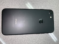 Unlocked Brand New Black IPhone 7 ,32 Gb Comes with Charger, and Case